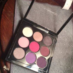 Gorgeous Authentic Mac 9 shadow pallet